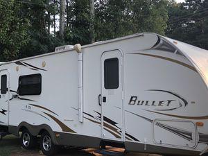 2010 bullet camper by keystone for Sale in Atlanta, GA
