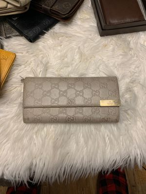 Authentic Gucci chain wallet for Sale in Kirkland, WA