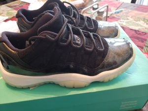 Retro Jordan's 11 carobs size 6 for Sale in Newhall, CA
