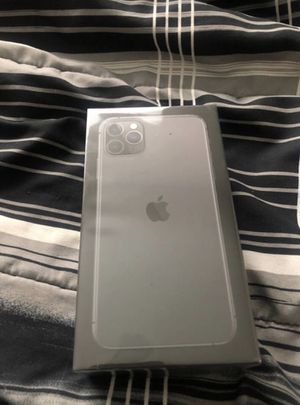 iPhone 11 Pro Max for Sale in Ayr, ND