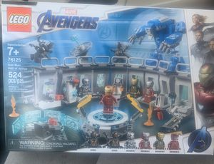 LEGO MARVEL AVENGERS iron man hall of armor 524 pcs for Sale in Livermore, CA