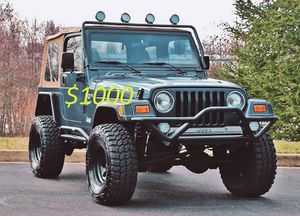 2000 JEEP WRANGLER ** 4×4 W/REAR WHEEL DRIVE** 81KMILES** CLEAN TITTLE** 4.0LV6-$1000 for Sale in Des Moines, IA