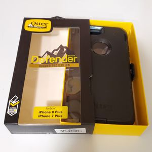 iPhone 8 Plus iPhone 7 Plus Otterbox Defender Series Case with belt clip holster/built in screen protector for Sale in Santa Clarita, CA