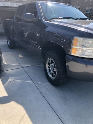 2010 Chevy Silverado for Sale in Plainfield, IL