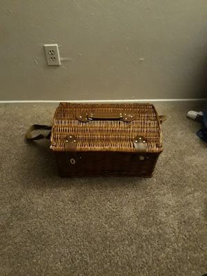 Picnic basket for Sale in Fort Worth, TX