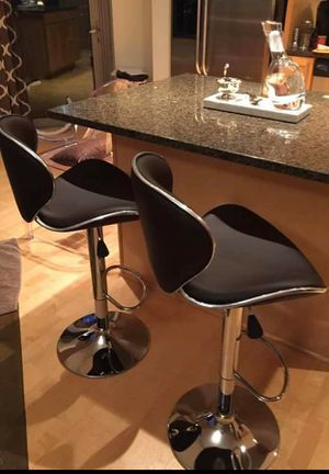 Brand new bar stools in box 4 chairs for Sale in Fort Lauderdale, FL