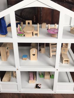 Doll house and furniture for Sale in Gaithersburg,  MD