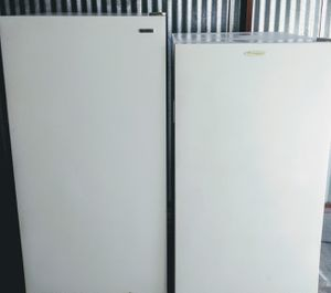 2 deep freezers available for Sale in Mesquite, TX