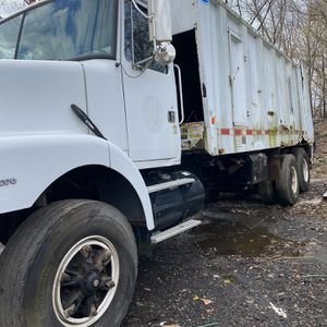 1996 Volvo WG for Sale in Trainer, PA
