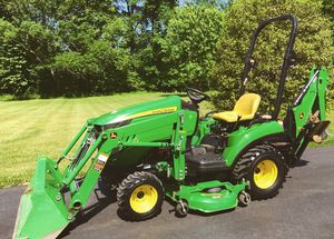 John .Deere 1023E Tractor Loader Backhoe for Sale in San Diego, CA