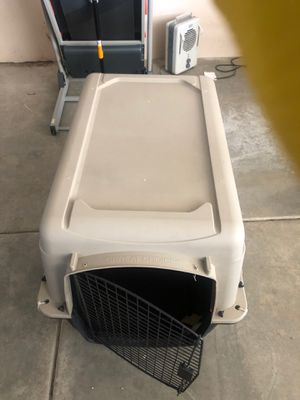 Used dog crate for Sale in Hesperia, CA