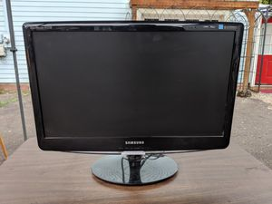 Samsung SyncMaster B2230 for Sale in Portland, OR