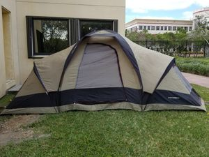 Mountaineer Dome tent for Sale in Miami, FL