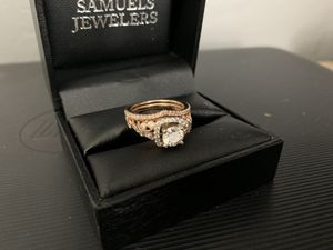 Engagement ring and wedding band for Sale in Tracy, CA