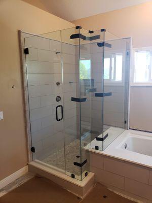 Frameless shower door glass for Sale in South Gate, CA