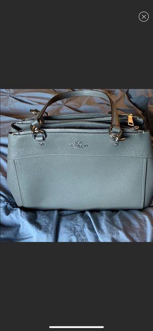 Coach handbag for Sale in Blacklick, OH