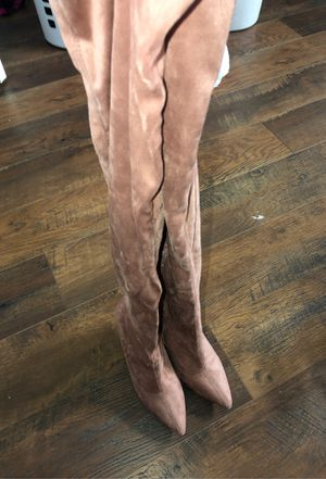 Fashion nova rose gold heeled boots for Sale in Tracy, CA