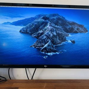 LG 27 in. 4K Monitor for Sale in Los Angeles, CA