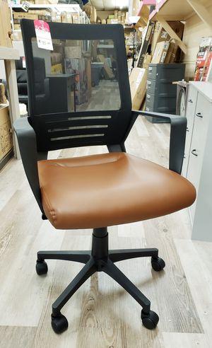 NEW Faux Leather Mesh Back Office Desk Chair: njft for Sale in Burlington, NJ