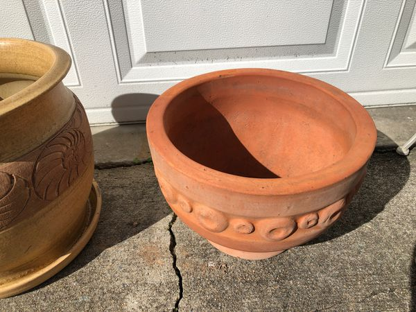 Clay Plant/Flower Pots and Plant Stands