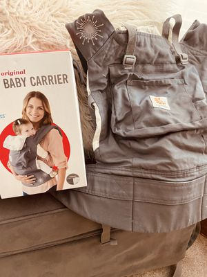Baby carrier for Sale in Canonsburg, PA