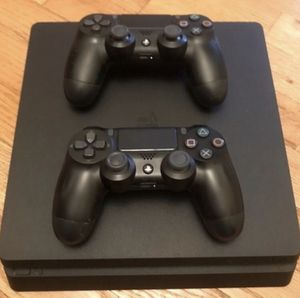 PS4 Slim with 3 controllers for Sale in Brook Park, OH