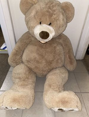 Giant Costco teddy bear 4ft tall for Sale in Orangevale, CA