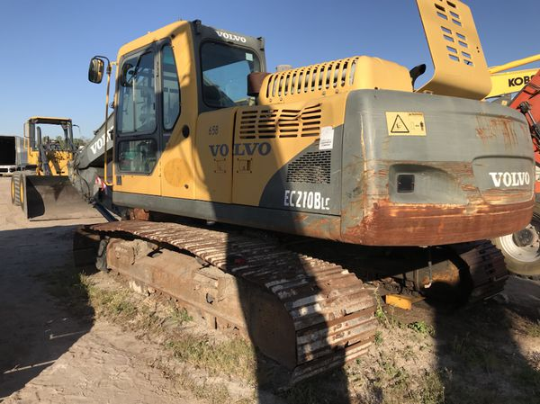 Volvo EC210BLC excavator for part or it can be fix complete machine