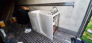 Jacuzzi (will barter for tools) for Sale in Kent, WA