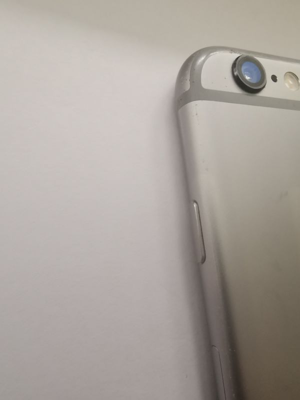 IPHONE 6 16GB UNLOCKED CLEAN COMES WITH ACCESSORIES GRAY COLOR