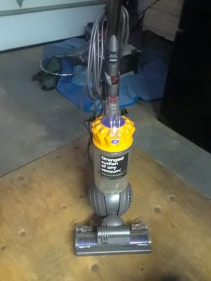 Dyson vacuum like new for Sale in Portland, OR