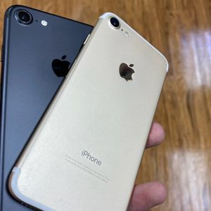 iPhone 7 Plus Warranty Included for Sale in Monroeville, PA
