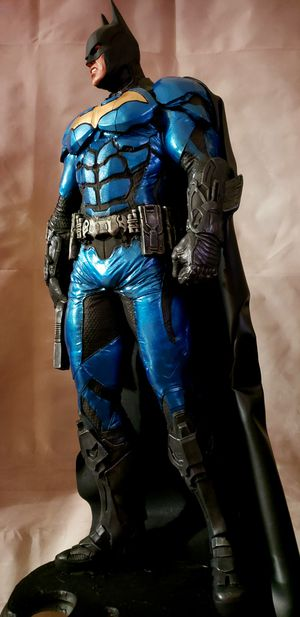 Batman Arkham Knight 1:3 scale custom statue 26 inches tall Rare Nt Sideshow for Sale in Rowland Heights, CA
