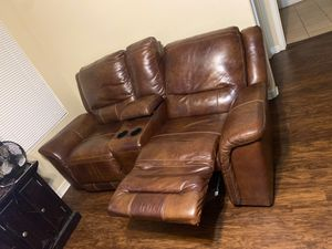 Brown love seat for Sale in Tolleson, AZ