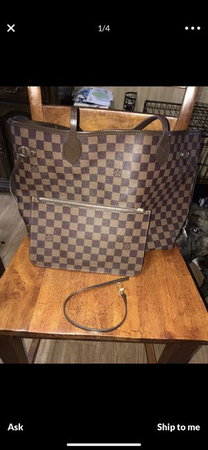 Louis Vuitton bag for Sale in Atlanta, GA