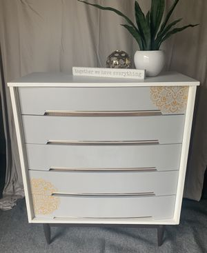 Completely refinishing dresser with gold akcents for Sale in Palos Hills, IL