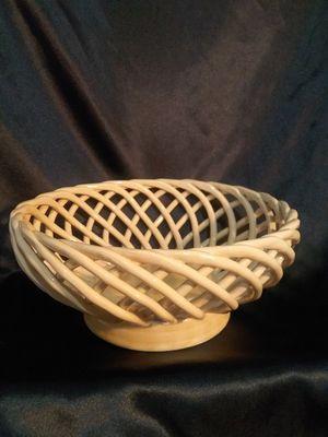 Porcelain fruit/bread bowl with basket weave design for Sale in Farmington, NM