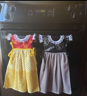 Handmade hanging hand/decorative Kitchen towels for Sale in Bakersfield, CA