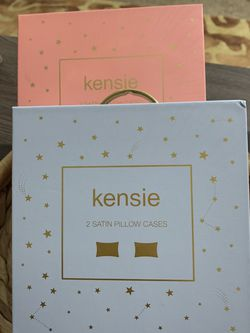 Kensie Satin Pillow Case Set!! for Sale in Lake Stevens,  WA