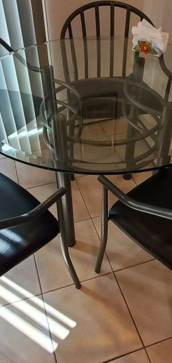 Kitchen Table for Sale in Merrick,  NY