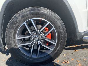 "Jeep Grand Cherokee oem 18"" wheels & tires ... for Sale in GRND VW HUDSN, NY"