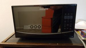 Frigidaire Microwave for Sale in Seattle, WA