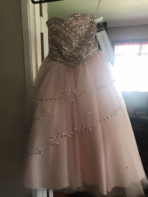 Calle Collection Pink Princess Formal Dress for Sale in Bonita, CA