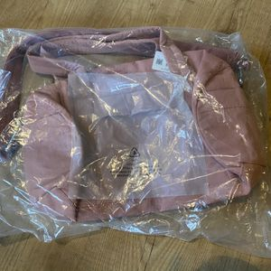 16L Lulu Duffle Bag for Sale in Damascus, OR