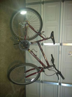 Good bike breaks work great just need pedal and chain for Sale in Baton Rouge, LA