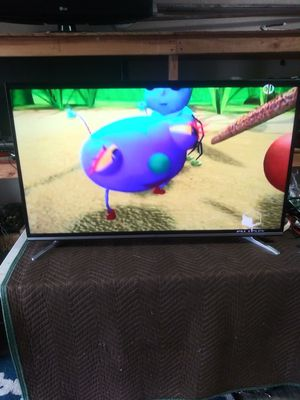 50 inch 4k smart tv LED with free neflix movie for Sale in Lynwood, CA