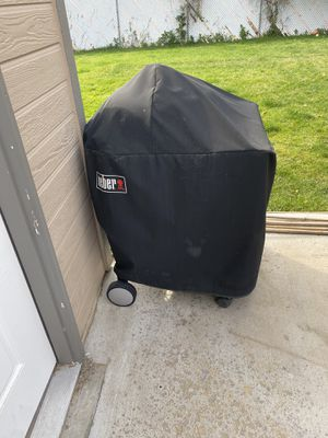 Weber grill with cover for Sale in Centennial, CO