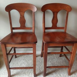 Set Of 4 Counter Height Bar Chairs for Sale in Arvada, CO