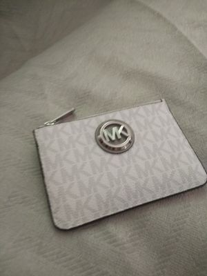 Authentic Micheal kors wallet for Sale in Franklin Park, IL