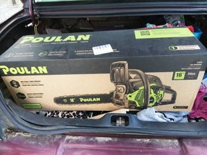 Poulan chain saw for Sale in Vidalia, GA
